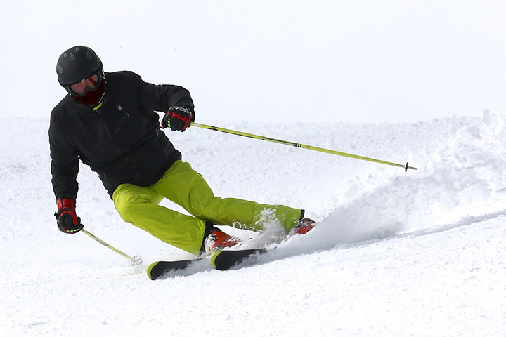 Skier on Mt Ruapehu