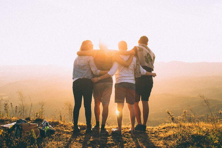 Friends-in-sunshine
